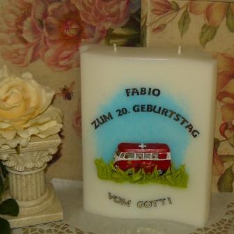 Geburtstag VW Bus im Grünen