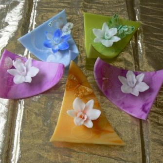 Wachsschale mit Orchidee